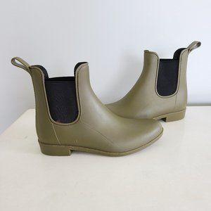 J. Crew matte chelsea rain boot olive green